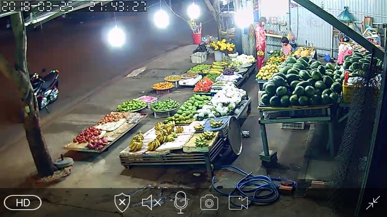 Lắp đặt camera wifi YooSee quan sát tại sạp trái cây