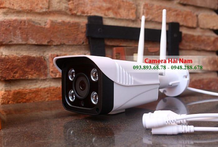 Camera quan sát ngoài trời Yoosee Tiêu chuẩn 1.3M có Đàm thoại